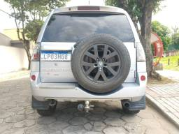 Mitsubishi Pajero TR4 4X4 2.0 FLEX manual