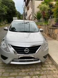 Nissan Versa SV prata CVT 1.6