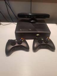 Xbox 360 desbloqueado, kinect e 2 controles