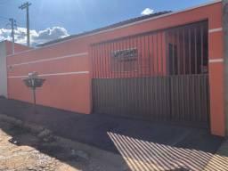 Vendo ou Troco Casa em Inhumas por Apartamento em Goiania