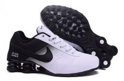 Tênis Nike Shox<br><br>