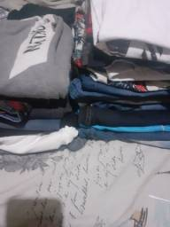 Vende-se 5 calça jeans número 10 12 14 16 nova cinco blusas 8 bermuda jeans
