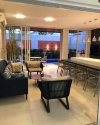 Casa Térrea á venda com 3 suítes no condomínio Villa Jardim Cuiabá-MT