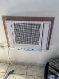 Título do anúncio: 2 Aparelhos de ar condicionado