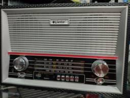 Título do anúncio: Super Rádio Retrô Grande Caixa recarregável Bluetooth Pen drive