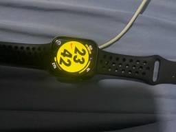 Apple Watch série 5 44 mm edição Nike