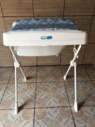 Banheira de bebê Burigotto com suporte e trocador