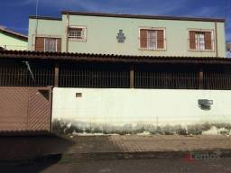 Título do anúncio: Casa com 3 dormitórios à venda de 130 m² no Jardim Imperial em Atibaia/SP - CA2220