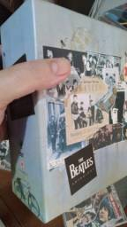 Barbada! Box Anthology Beatles com 5 DVDs ( 8 episódios + Capítulo Bonus)