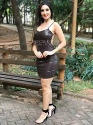 Vestido de couro sintético