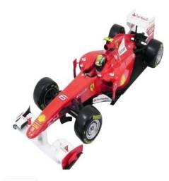 Carrinho Ferrari F1 Felipe Massa 1/18 California - 1074