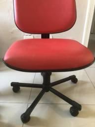 Cadeira escritório/multiuso