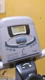 990600caf92c8 Simulador Caloi elíptico baixo impacto