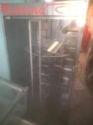 Máquina de assar frango giratória