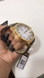 Relógio Magnum Usado