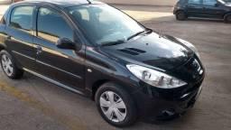 Peugeot 207 HB XR 1.4 2011/2011