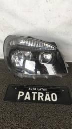 Título do anúncio: Farol Fiat Doblo Máscara Negra 2010 a 2018