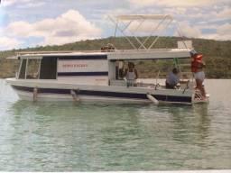 Barco de pesca cabinado 9 m