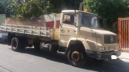 Caminhão Mercedez