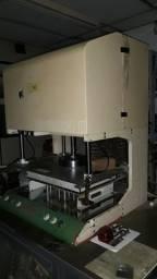 Vendo Máquina de Teste Elétrico marca UTRON