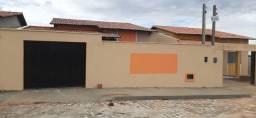 Casa com 2/4 sendo 1 Suítes - Lot. Parque das Carmélias - Extremoz