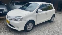 Toyota / Etios Completo 1.5 XS 2014/2014