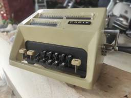 Calculadora Mecânica Facit funcionando