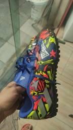 Chuteira Socyte Adidas Messi, Número 41/42.