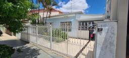 Vendo excelente casa, perto do centro, com edícula no fundo  https://youtu.be/vTUkIKQnWGE