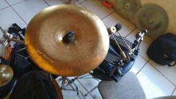 Várias peças para bateria/percussão