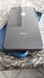 iPhone 8 Plus 64 gb  valor 2.100