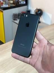 Título do anúncio: iPhone 7 128GB Preto Matte - Saúde da bateria 100%. Até 12x no cartão! Semi novo