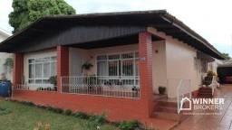 Casa com 4 dormitórios à venda, 220 m² por R$ 900.000,00 - Centro - Campo Mourão/PR