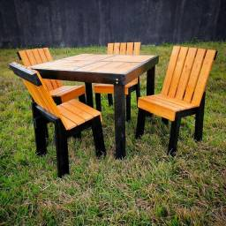 Kit Mesa + Cadeiras