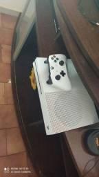 Xbox one S 1 Tera de memória novo novo
