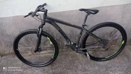 Bicicleta aro 29 Caloi para sair rápido