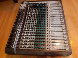 Mesa de som Soundcraft MTK 22 Signature