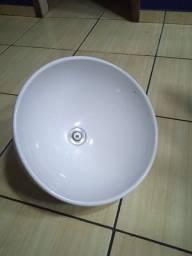 Título do anúncio:  Cuba da marca Deca p pinha de banheiro ( 40cm )