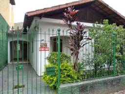 Título do anúncio: Alugo Casa Muito Boa com 3 Quartos Na Elvira Bellei com garagem