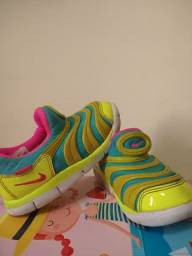 Título do anúncio: Tênis Nike infantil