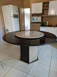 Título do anúncio: Vendo mesa de granito com centro giratório