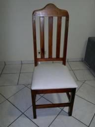 Mesa de Jantar com 6 cadeiras em Madeira de Mogno