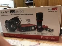 Kit de Gravação Focusrite Scarlet 2i2 Studio