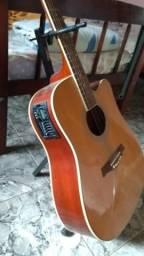 Violão amplificado