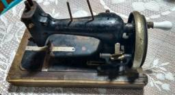 Máquina de costura dietrich vesta