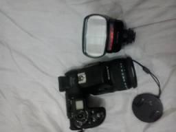 Câmera Sony com Flash externo