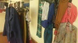 Bazar de roupas e sapatos