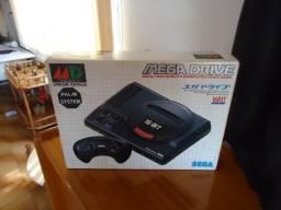 Mega drive bem conservado