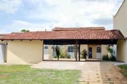 Casa Setor Santa Genoveva - em frente a Faculdade Senac