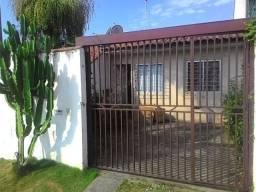Aluga-se casa no jardim patrícia em quatro barras